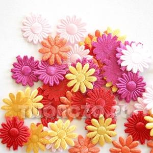Kwiatki jedwabne mix 19mm